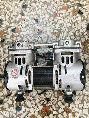 台製中古良品 VACUUM PUMP UN-60 AC110V 無油式真空幫浦-打氣機-鼓風機-真空幫浦-無油式空壓機-