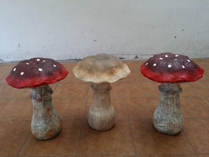 ~蘇菲亞精品傢飾~ 大蘑菇庭園擺飾3入特價出清