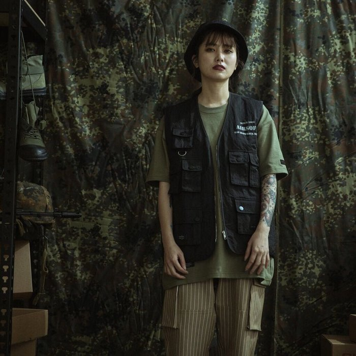 """GHK """"Abstract Collection"""" Airsoft Vest 戰術背心"""