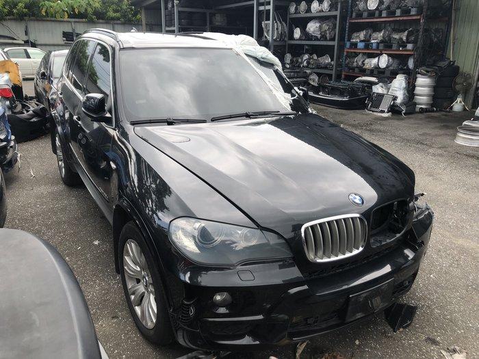 BMW E70 X5 30SD全車零件拆賣
