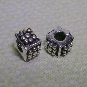 琥珀貓~【925純銀材料配件】造型方珠~N9203~雛菊~一個