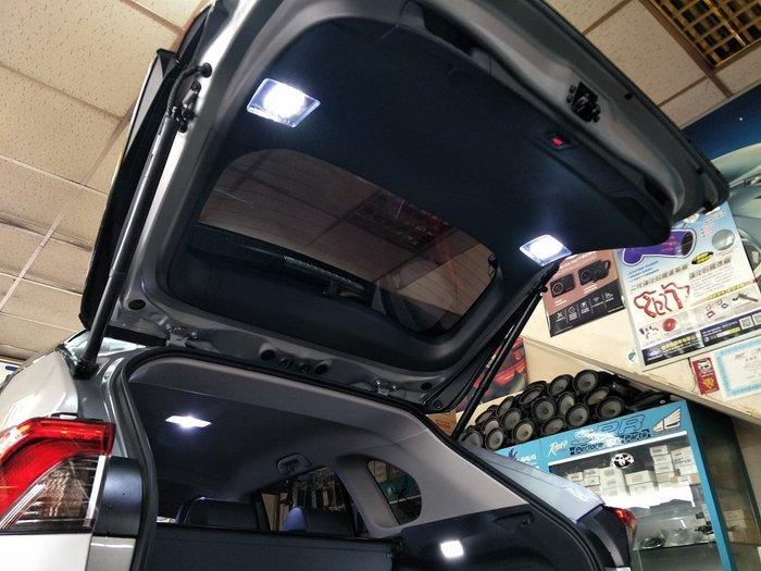 SL光電精品~RAV4 5代 五代 原廠 高亮度 後箱照明輔助燈 後車廂燈