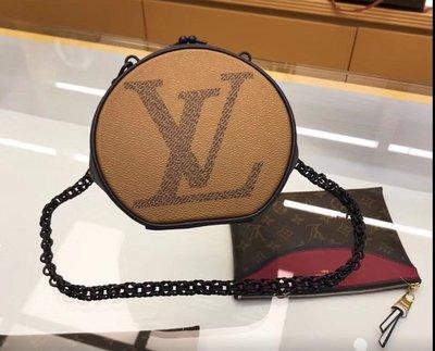 雙11優惠老客戶優惠《LV  M45280 MONOGRAM Monogram Shoulder Bags》圓型夾子包