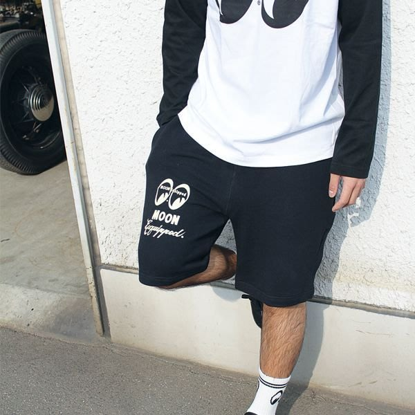 (I LOVE樂多)MOONEYES MOON Equipped Logo Half Pants 棉褲 運動短褲