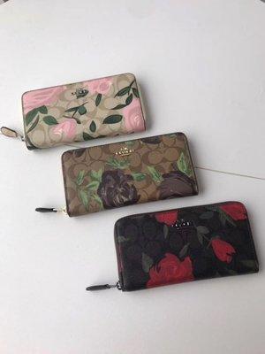 (Outlet特惠)COACH 26290 新款花朵圖案印花錢包 手拿長夾 附代購憑證