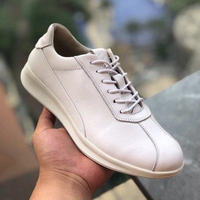 ECCO女鞋平底鞋2020新款 雅仕207113系列休閒鞋 白色 35-39碼