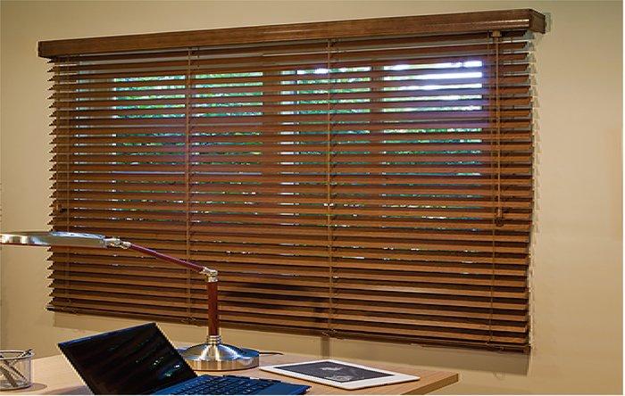 (巧巧窗簾)木質百葉窗、木織簾、羅馬簾、防火捲簾、窗簾布、活動拉門、各式歐式造型、門簾、桌巾、傢飾布料、壁紙