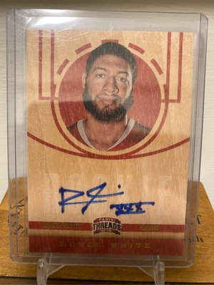 Royce White 12/13 Threads #216 Rookie Signed on card Autograph