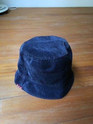 日本品牌男童漁夫帽 #54 $260 運37 近全新