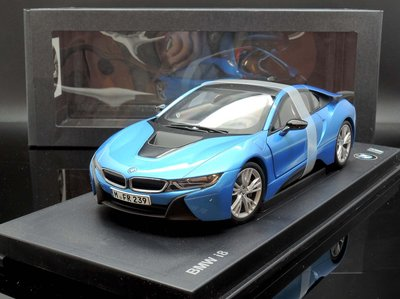 【M.A.S.H】[現貨特價]  原廠 Paragon Models 1/18 BMW i8 blue