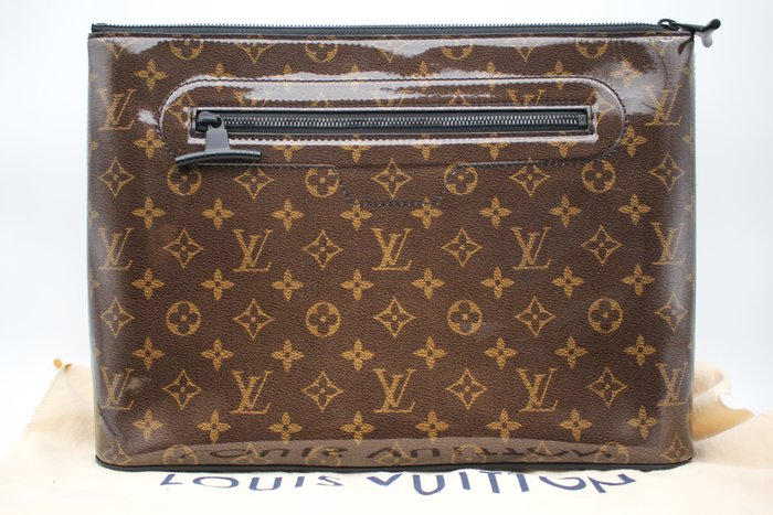 【青蘋果】LV  Louis Vuitton POCHETTE M63271 手拿包 二手精品#29613