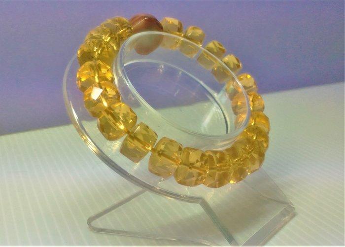 @居士林@黃水晶手鍊.尺寸:珠寬10mm~12mm.一串20顆+1天珠.重量33.7公克