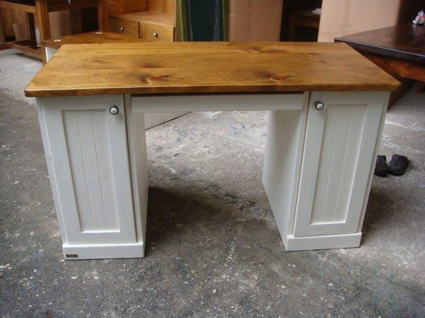 原木工坊~ 專業室內設計空間配置  雙色古典書桌