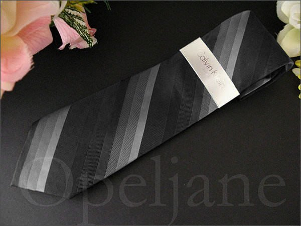 Calvin Klein Tie CK 卡文克萊 灰色黑色漸層純絲斜紋手打領帶 寬版領帶 西裝襯衫搭配 愛Coach包包