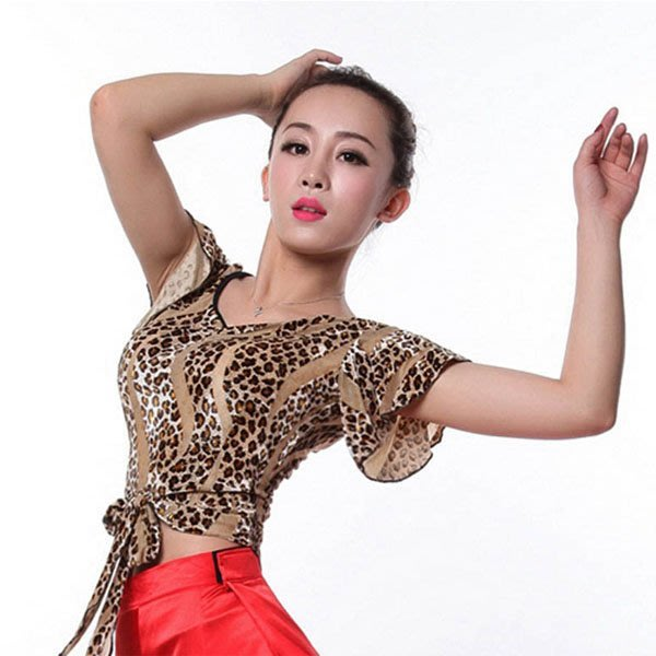 5Cgo【鴿樓】會員有優惠 37775077564 新款短袖拉丁舞服國標舞成人練習上衣摩登舞蹈上裝豹紋斑虎紋舞衣練習服