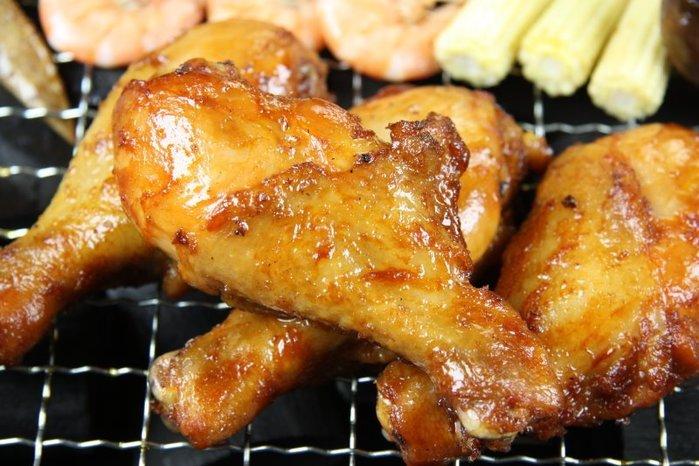 【烤肉系列】檸檬雞腿 S /1支~全熟的~退冰稍微烤一下~即香噴噴~令人垂延三尺