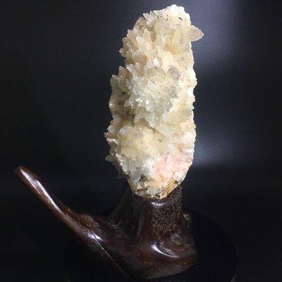 好犀晶-收藏品擺件 花狀方解石 雙色 粉紅方解石 共生黃鐵礦 黃銅礦 錆色 螢光礦物 原礦 標本