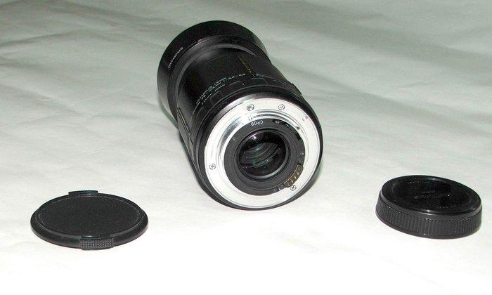 奥林巴斯 CLOSE FOCUS 鏡頭AF ZOOM 35-105mm/ 1:3-4.5/附遮光罩及鏡頭蓋(如圖)