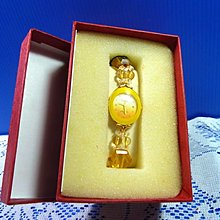 【水晶錶】全新絕版 鱷魚錶 (橢圓黃框黃面) 水晶錶帶手圍可調整 附盒 尺寸:9*3.5*2.5㎝ 重量:90g