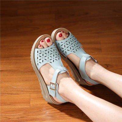 厚底楔形涼鞋女夏中跟粗跟厚底正韓學生平底女鞋沙灘鞋    「伊衫風尚」