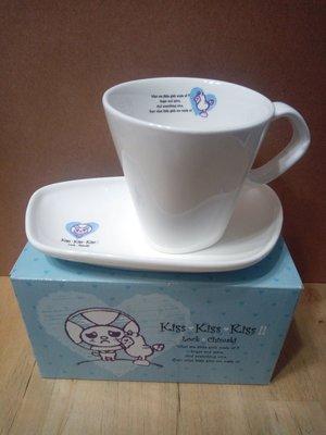 LOCK小將 OPEN小將 咖啡杯盤組 杯盤 咖啡杯 點心盤 陶瓷杯盤組 陶瓷 馬克杯 杯子 盤子 杯盤組 造型杯盤