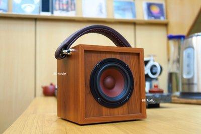 全新 3吋手提喇叭音箱(一鍵開啟/藍芽連接)復古造型/攜帶方便