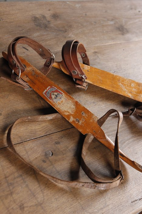 "1920s荷蘭""E. VONK""古董溜冰鞋 歐洲古董老件(00_AA-369)【小學樘_歐洲老家具】"