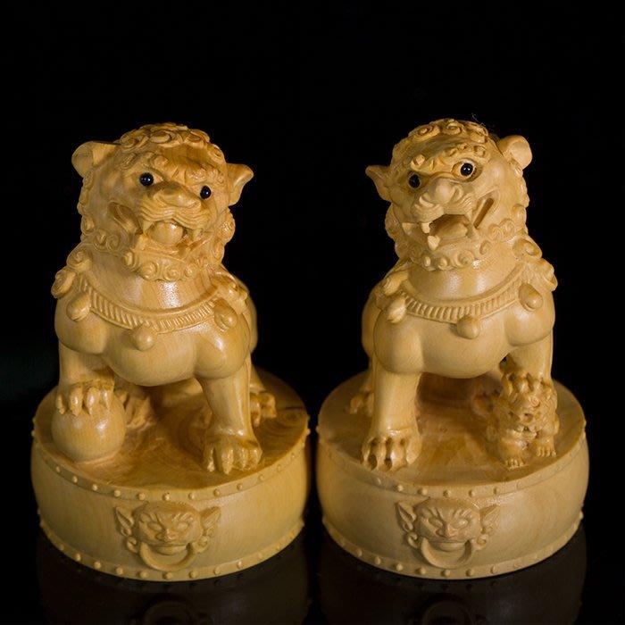 5Cgo【茗道】559845290515 黃楊木雕工藝品擺件木雕辟邪送禮掛件鎮宅獅子天官賜福文玩手把件古典公母石獅子一對