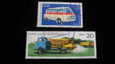 【大三元】歐洲郵票-9..德國郵票-交通公具-工程車.救護車-銷戳票2枚