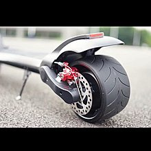 寬胎8吋電動滑板車雙驅13.2ah