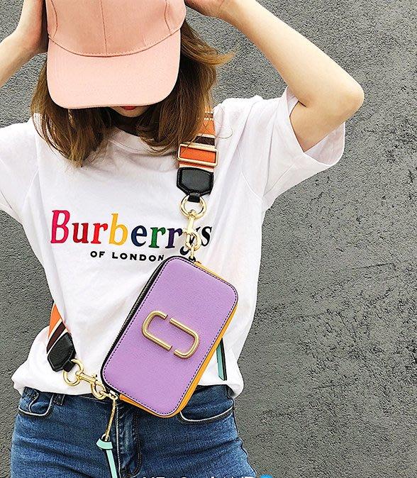 呼韓-包包【B1206-04】韓國空運:韓製 真皮 marc logo撞色替換雙肩背帶小方包/相機包(5色預購)