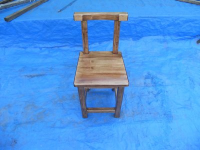 C010 {崙頂傳統原木家具行}~鐵杉木餐椅有靠背淺柚木色  請詢問感恩