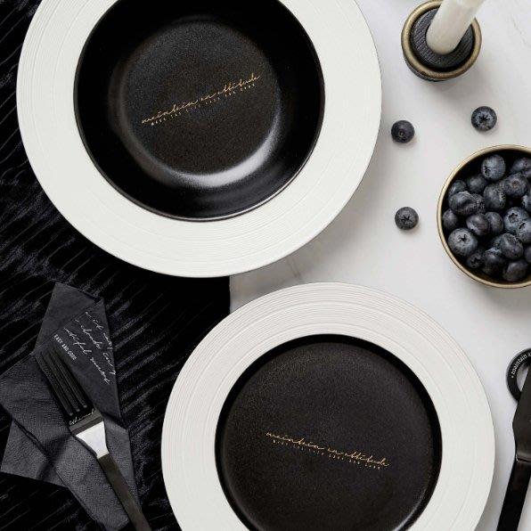 MAJPOINT*餐盤 浮雕陶瓷 北歐簡約風 輕奢華 牛排沙拉 西餐盤 野餐派對 甜點 廚房餐具 托盤 烘焙 雜貨 道具