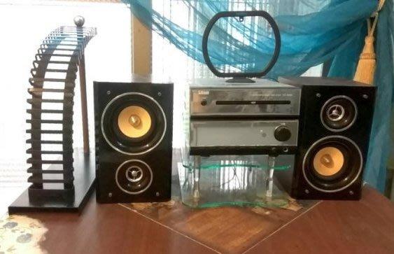 [C.M.平價精品館]現貨出清特價/現代簡潔實用美觀玻璃雙層架、金屬CD收藏架