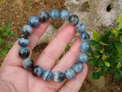 簡單Simple。現貨。30412號天然稀少深藍色海藍寶圓珠。手珠手鍊。11.5MM。