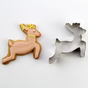 ❤Lika小舖❤現貨 日本製 不鏽鋼 奔跑的羚羊 跳躍的鹿 梅花鹿 餅乾壓模 模具 模型 厚度約2cm