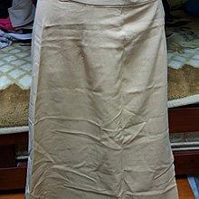 專櫃品牌卡其米及膝一片裙