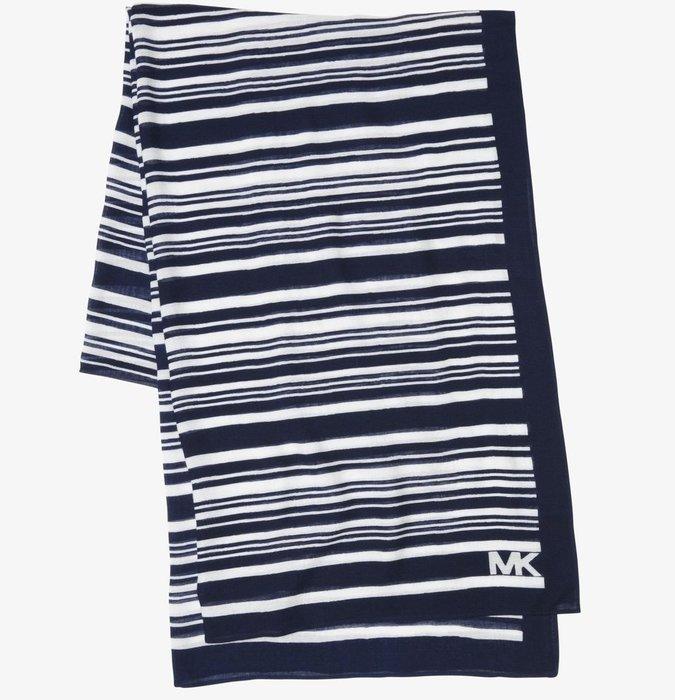 全新美國精品名牌 Michael Kors MK 深藍色白色條紋相間圍巾絲巾長巾,只有一條,低價起標無底價,本商品免運!