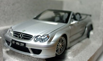 【MASH】絕版品特價 原廠 Kyosho 1/18 Mercedes CLK DTM AMG 敞篷銀