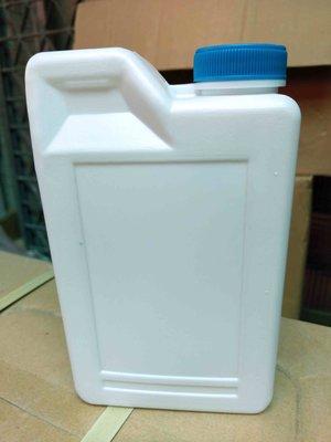 FRP材料小舖...SM苯乙烯1KG包裝...不飽和聚酯樹脂POLY及膠殼專用稀釋劑...只要100元...