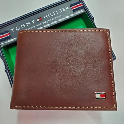 [Pre-order 7-15日到港] Tommy Hilfiger Leather Zipped Wallet 男裝真皮銀包 附送禮盒 全新正品
