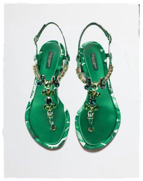 MIYAKO歐洲站高端美鞋=5月新品 DG水鑽夾腳 度假風 方跟 低跟涼鞋 兩色