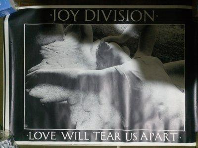 玩樂區 Joy Division 的同義詞 Love Will Tear Us Apart 愛會拆散我們 橫幅海報