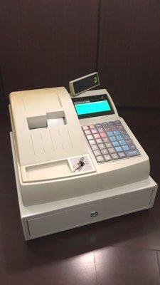 超級棒的(二手機)二聯式發票收銀機/收據機可設定中文品名贈送結帳用紙附操作手冊與保固$7500元直購