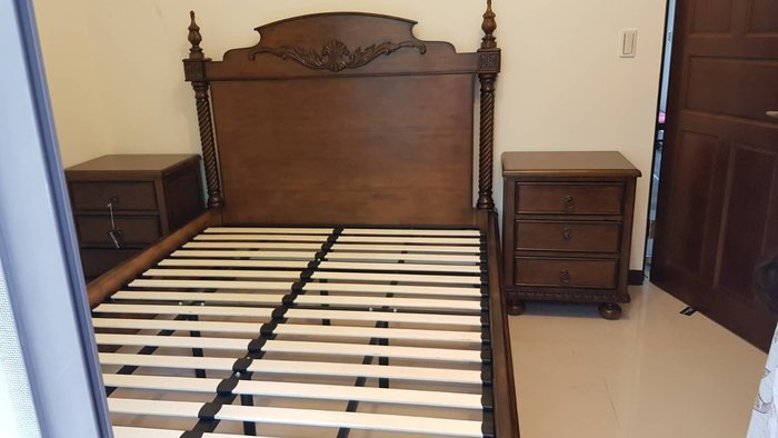 實木雕刻加大雙人床