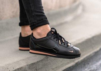Nike Classic Cortez Prem 全黑 黑粉 漆皮勾 玫瑰金扣 阿甘 慢跑 女鞋 905614-010