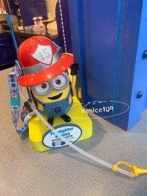 Venice109日本代購環球影城限定小小兵消防員造型水壺