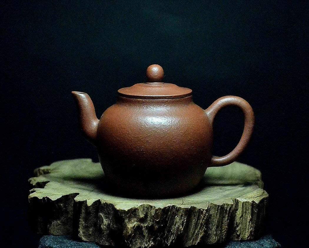 大金壺-早期原礦老紫泥 土胎漂亮 手工細緻 好泡好養 龍寶印
