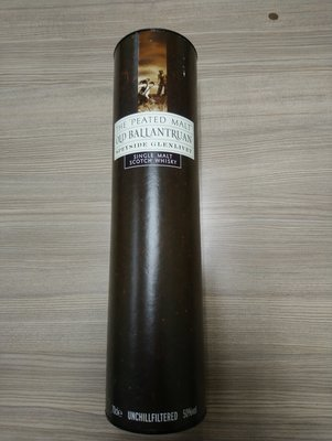 Old Ballantruan/single malt scotch whisky裝酒瓶的紙卷筒(鐵蓋內有些微鏽痕)沒