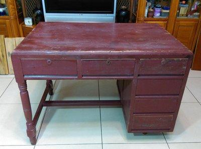 早期檜木桌(2)~~書桌~~辦公桌~~6抽~~懷舊.擺飾.道具